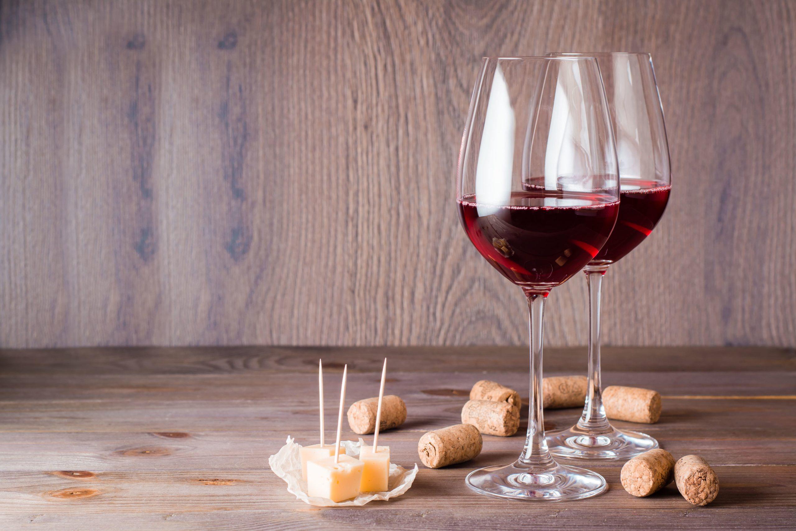 Best wine glasses | antique item store